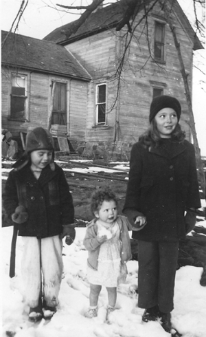 Oklahoma snow, Carla Chlouber, Allen Sweet and unidentified child. Probably 1940's.